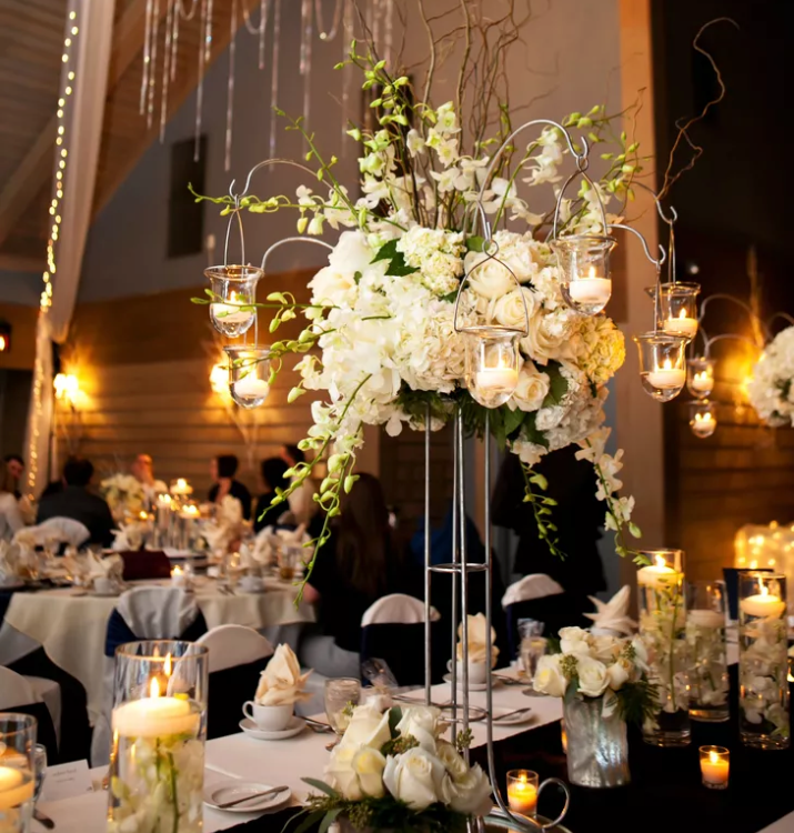Candle Flower Centerpieces Wedding: 10 Winter Wedding Centerpieces That Embrace The Cold Season