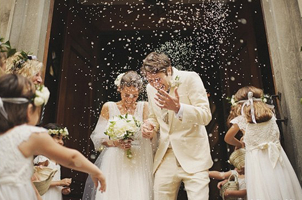Wedding Venues - Don't Allow - Rice Toss